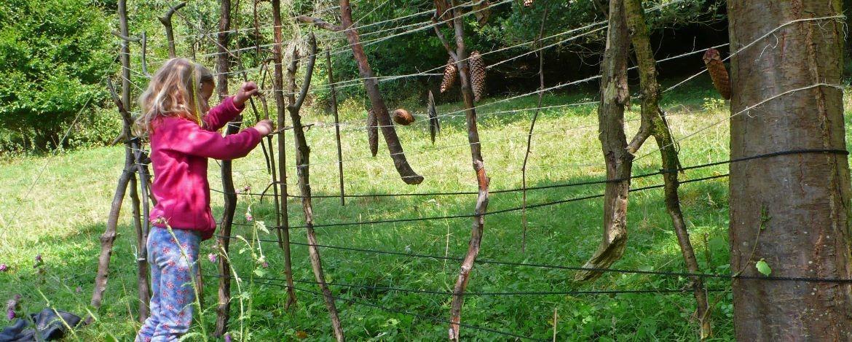 Zaun aus Naturmaterialien
