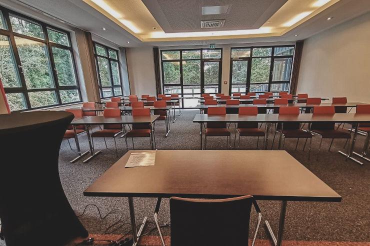 Modernste Tagungstechnik in der Jugendherberge Köln-Riehl