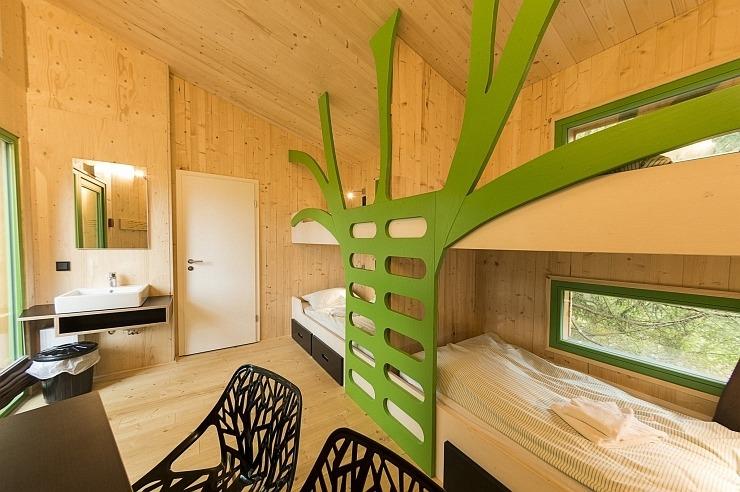 """Mehrbettzimmer im Baumhaus der Jugendherberge Waldbröl """"Panarbora"""""""