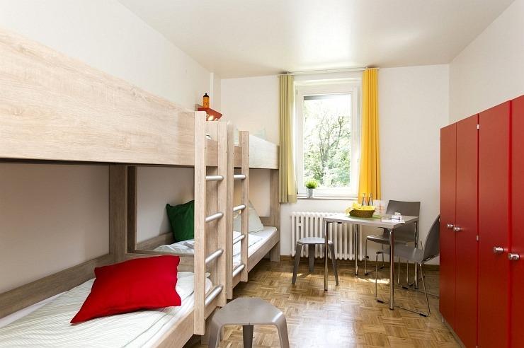 Mehrbettzimmer der Jugendherberge Bonn