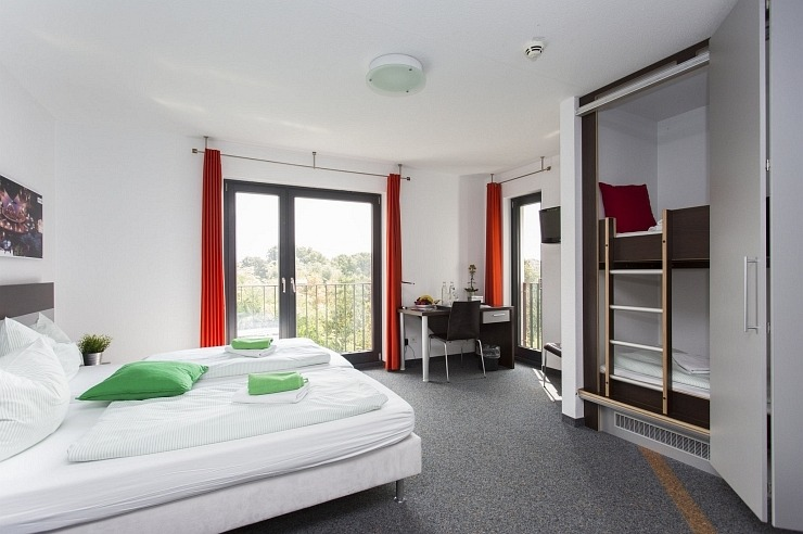 Komfort-Familienzimmer der Jugendherberge Köln-Riehl