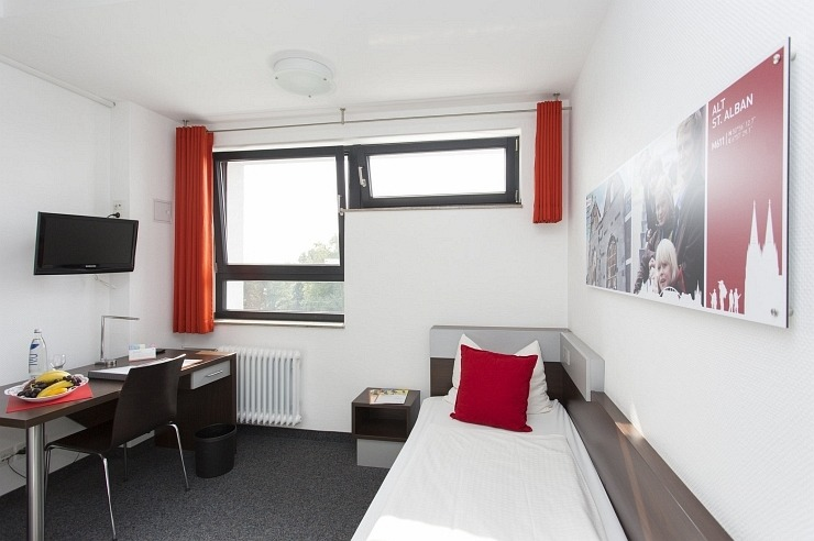 Einzelzimmer der Jugendherberge Köln-Riehl