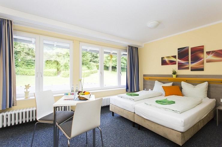 Zweibettzimmer der Jugendherberge Simmerath-Rurberg