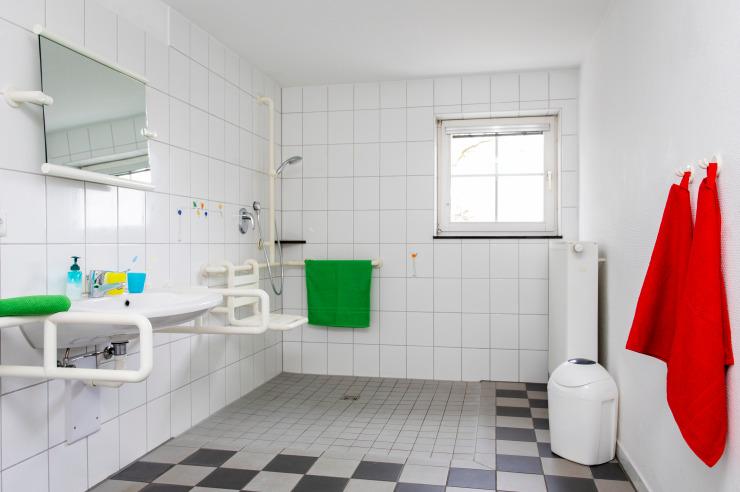 Barrierefreies Badezimmer (Beispiel) in der Jugendherberge Nettetal-Hinsbeck