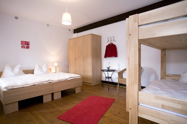 Etagenbett Für Jugendherberge : Jugendherberge berlin international hostel