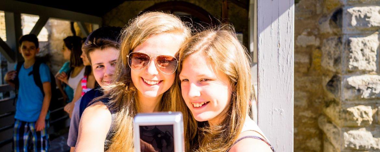 Klassenfahrt mit taubstummen Schülern Jugendherberge Ausgburg Bayern