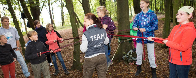Outdoor-Teamaufgaben