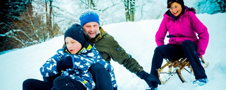 Günstiger Familienurlaub in den Faschingsferien
