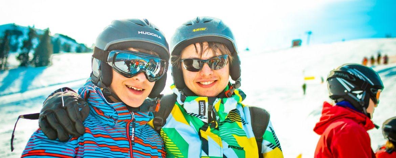 Klassenfahrt mit Snowboardkurs Jugendherberge Bayern
