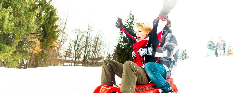 Günstiger Winterurlaub mit der Familie in der Jugendherberge