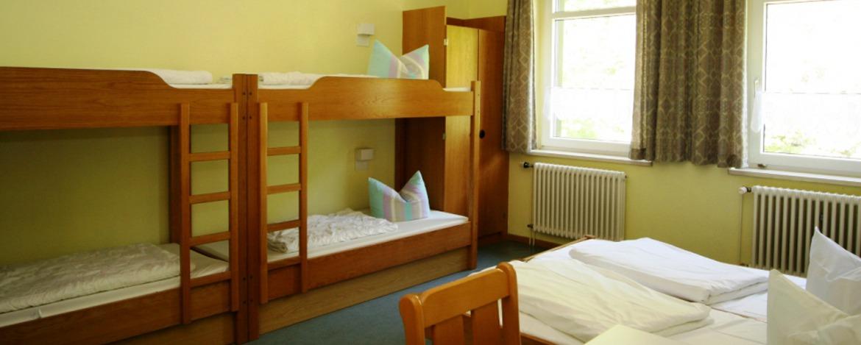 6-Bett-Zimmer in der Jugendherberge Thale