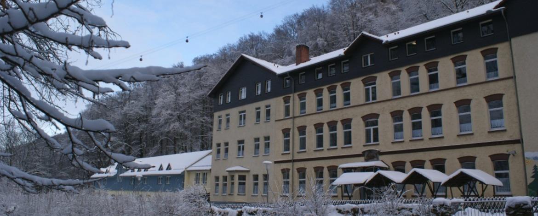 Jugendherberge Thale im winterlichen Bodetal