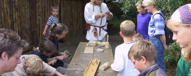 Mittelalterl. Handwerkskunst