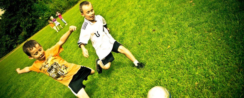 Fußballspiel an der Jugendherberge