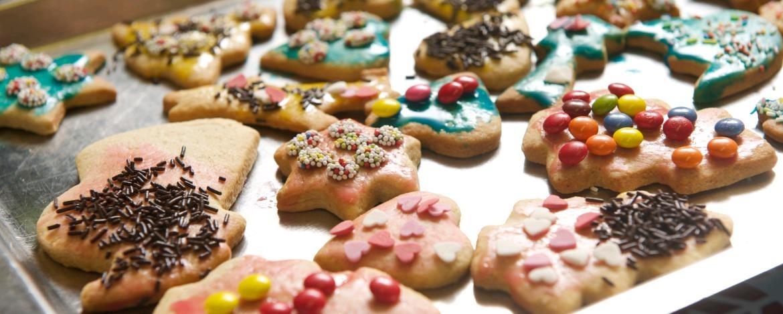 Weihnachtsplätzchen International.Familienfreizeit Mannheim In Der Weihnachtsbäckerei
