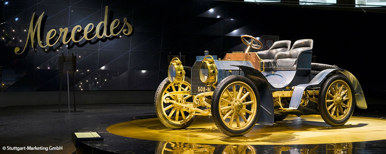 Mercedes-Benz Museum altes Auto