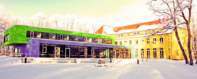 Jugenherberge Dessau im Winter