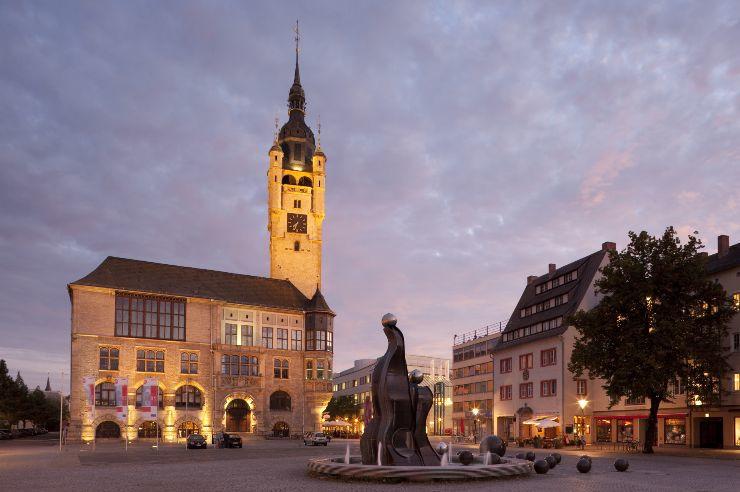 Rathaus und Markt von Dessau