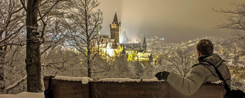winterlicher Blick auf das Schloss