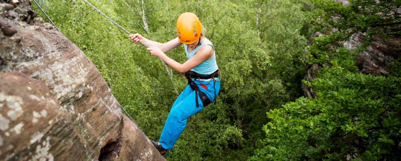 Felsklettern - großartige Herausforderungen für mutige Kletterfans