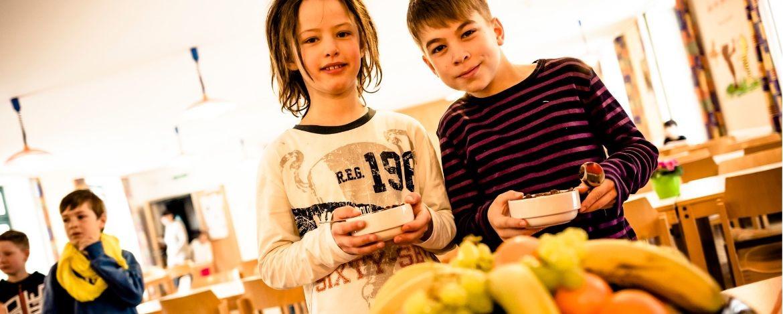 Gesunde, ausgewogene Ernährung in der Jugendherberge