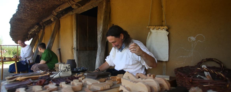 Mittelalterliche Stände im Wikingermuseum Haithabu