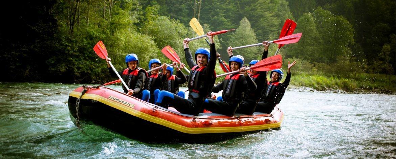 Teamgeist beim Rafting