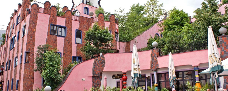Hundertwasserhaus an nahe der Jugendherberge