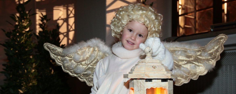Kleiner Engel zur Adventszeit in Augsburg