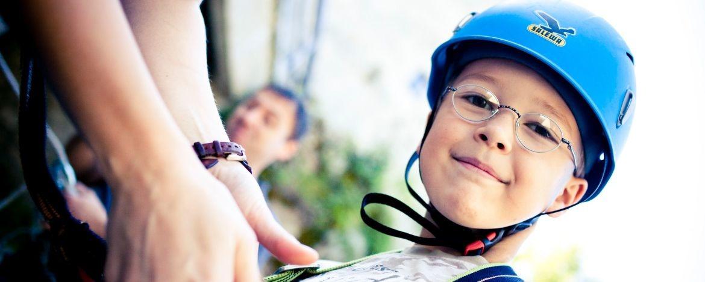Teambildende Klassenfahrt zum Kletterparl