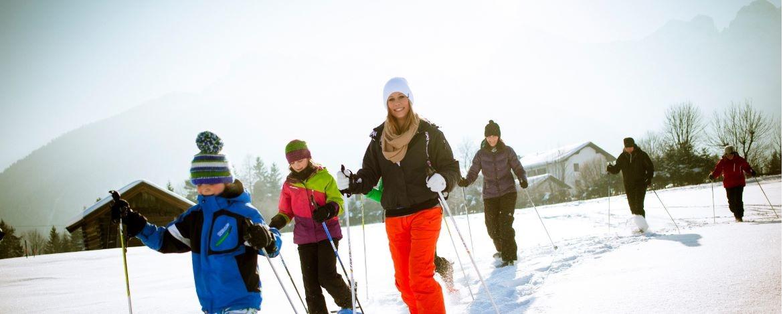 Familienurlaub zu Silvester mit Schneeschuhwanderung