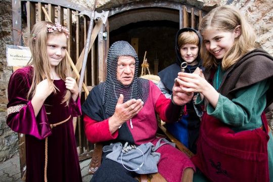 Blanki, das Burg-Gespenst (5 Tage)